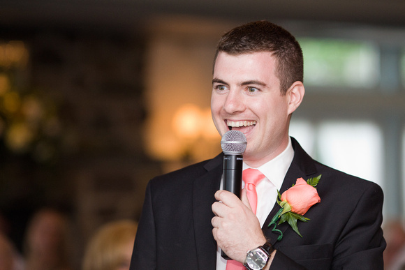 No need to be nervous we've got great best man speech tips for you.